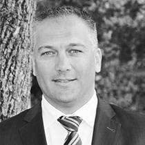 Ing. Markus Pflügl : Geschäftsführer